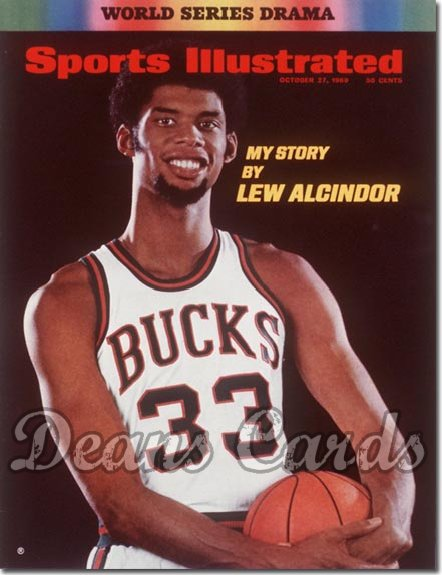 1969 Sports Illustrated - With Label   October 27  -  Lew Alcindor (Milwaukee Bucks)