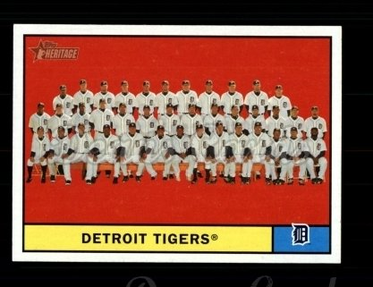 2010 Topps Heritage #51   Tigers Team