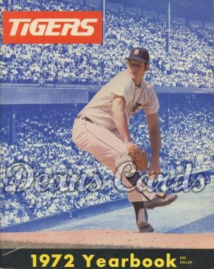 1972    Detroit Tigers Yearbook - Mickey Lolich