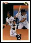 1990 Upper Deck #40   -  Kevin Mitchell San Francisco Giants Team Front Thumbnail