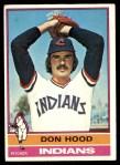 1976 Topps #132  Don Hood  Front Thumbnail